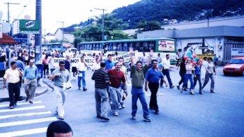 MANIFESTO DOS BESQUIANOS  - Novembro 2001
