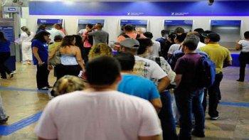 CAIXA REDUZ HORÁRIO DE ATENDIMENTO NAS AGÊNCIAS