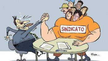 SINDICATO É FUNDAMENTAL PARA PRESERVAR DIREITOS